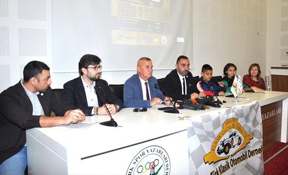 Kıbrıs Türk Klasik Otomobil Derneği Lefkoşa Suriçi'nde yaşayan çocuklar yararına ralli düzenliyor